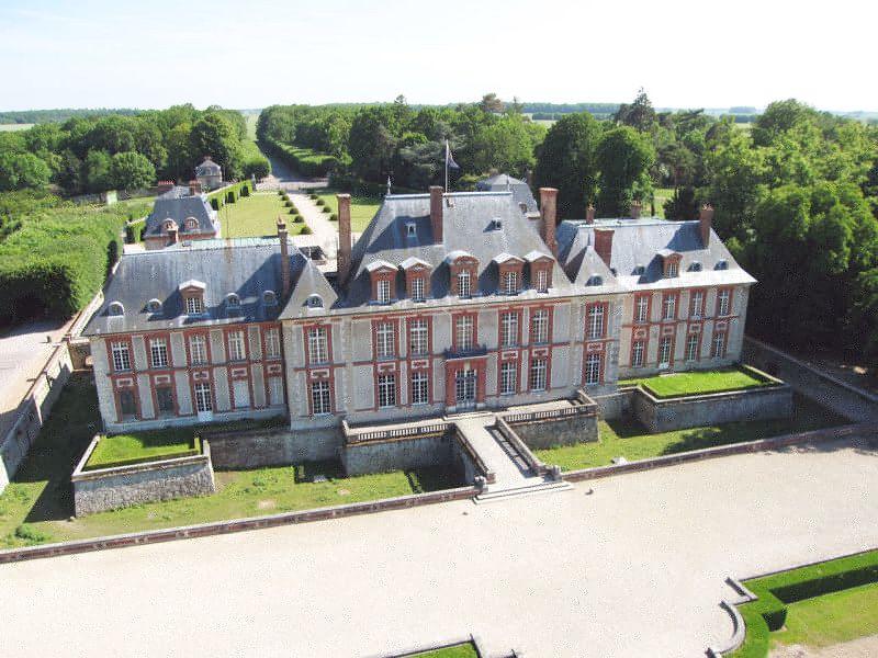 Chateau_Breteuil_02-Henri_Prat_web.jpg